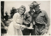 Mary Pickford serves the troops during WWI - 1918