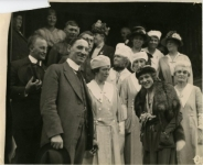 WWI Liberty bonds drive -- Charles L. Smith, president Smith Bros. bookstore, Oakland, Calif.; Mary Pickford and nurses - 1918