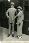 Newlyweds Mary Pickford and Douglas Fairbanks arrive in New York City - 1920