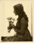 Mary Pickford with flowers, silhouette - 1915