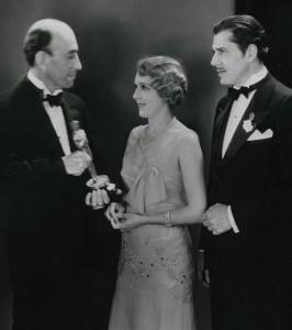 Mary Pickford wins the Oscar, 1930