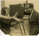 Mary Pickford  gets a close-up of Douglas Fairbanks - 1926