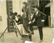 Mary Pickford, Charles Rosher and Marshall Neilan directing a scene from Daddy-Long-Legs - 1919