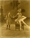 Mary Pickford with Russian ballerina Anna Pavlova - 1925