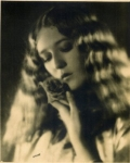 Mary Pickford portrait by Spurr - 1925
