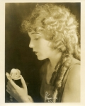 Mary Pickford with flower - 1916