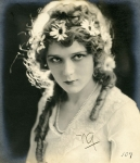 Mary Pickford portrait by Peyton - 1916