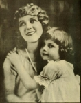 Portrait of Mary and her niece Gwynne from <em>Picturegoer</em> magazine - 1924