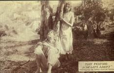 Mary Pickford and Harold Lockwood in Hearts Adrift - 1914