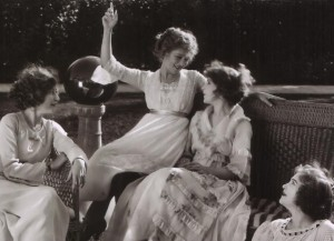 Mary Pickford and Gishes